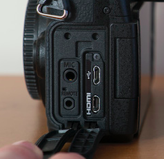 The microphone input on the G85
