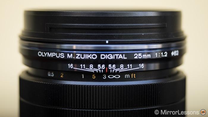 olympus m.zuiko 25mm f/1.2 pro vs panasonic leica 25mm f/1.4