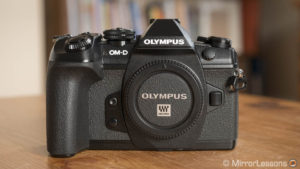 olympus omd em1 ii vs panasonic gh5