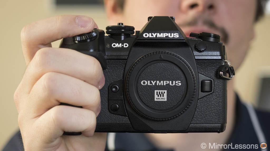 Panasonic Lumix G9 vs Olympus OM-D E-M1 II – The complete comparison