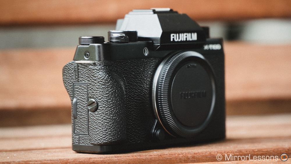fujifilm xt100 vs xt20-8