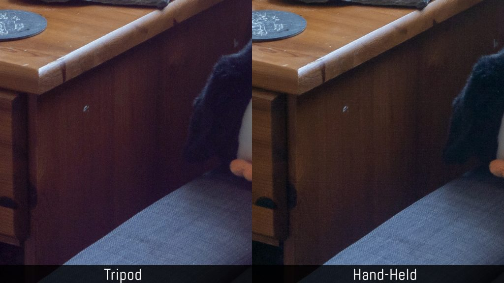 Comparison between the dynamic range of images taken on a tripod and using the hand held mode