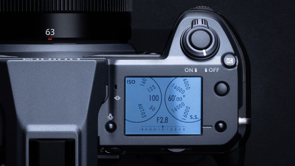 GF100 top LCD showing the virtual shutter speed and ISO dials