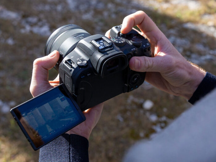 EOS R6 with LCD open on the side