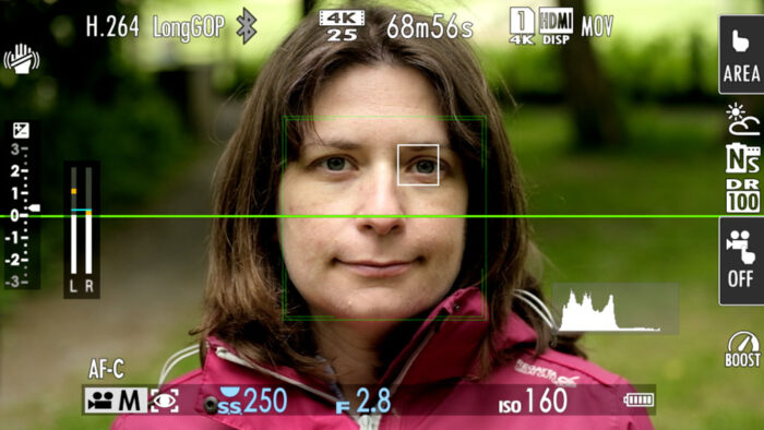 screenshot of the XT4 screen with face and eye detection active