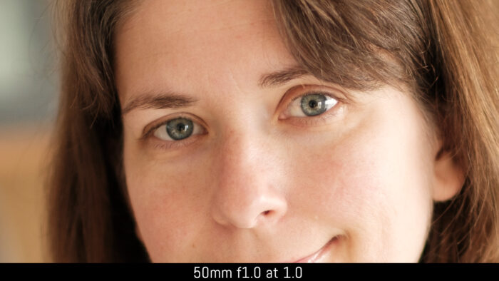 crop on the eyes of the subject with the 50mm f1