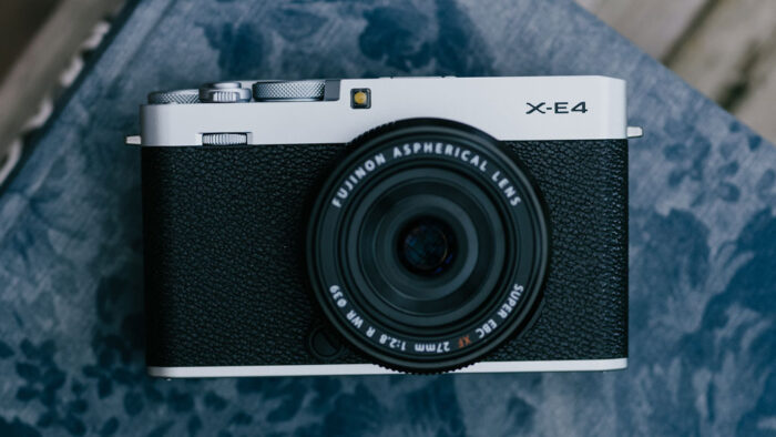 X-E4 front view with 27mm 2.8 attached